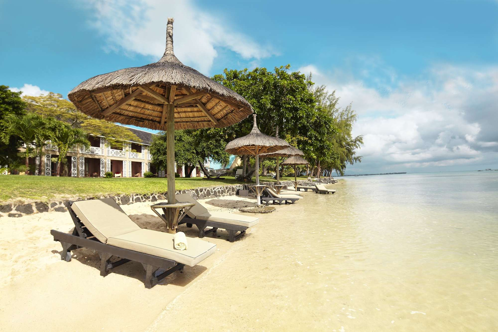 https _ns.clubmed.com_dream_RESORTS_3T___4T_Asie_et_Ocean_indien_La_Pointe_aux_Canonniers_47398-1ng0siuasi-swhr