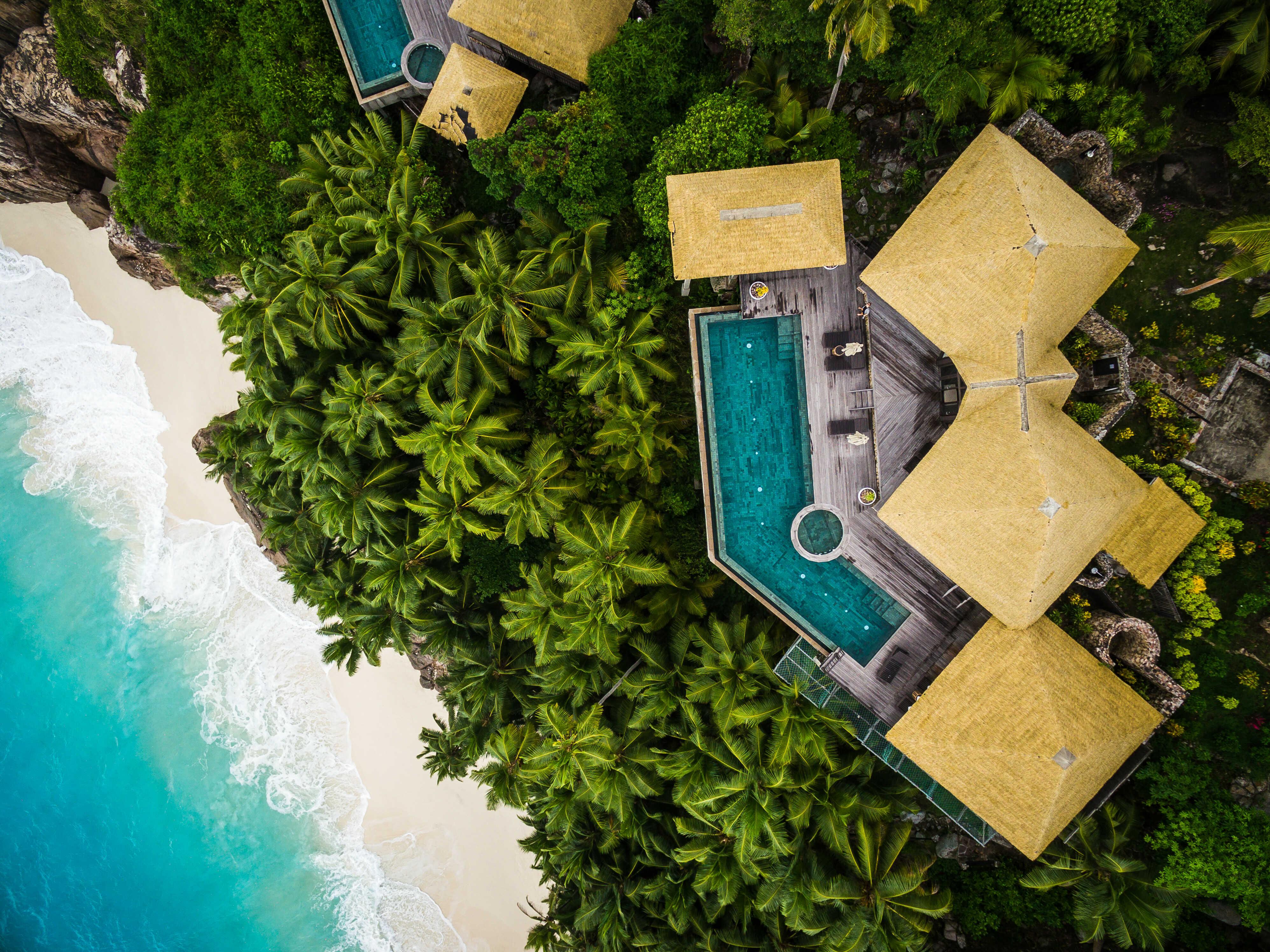 ©-fregate-island-private_private-pool-twin-villa_aerial_1_optimized