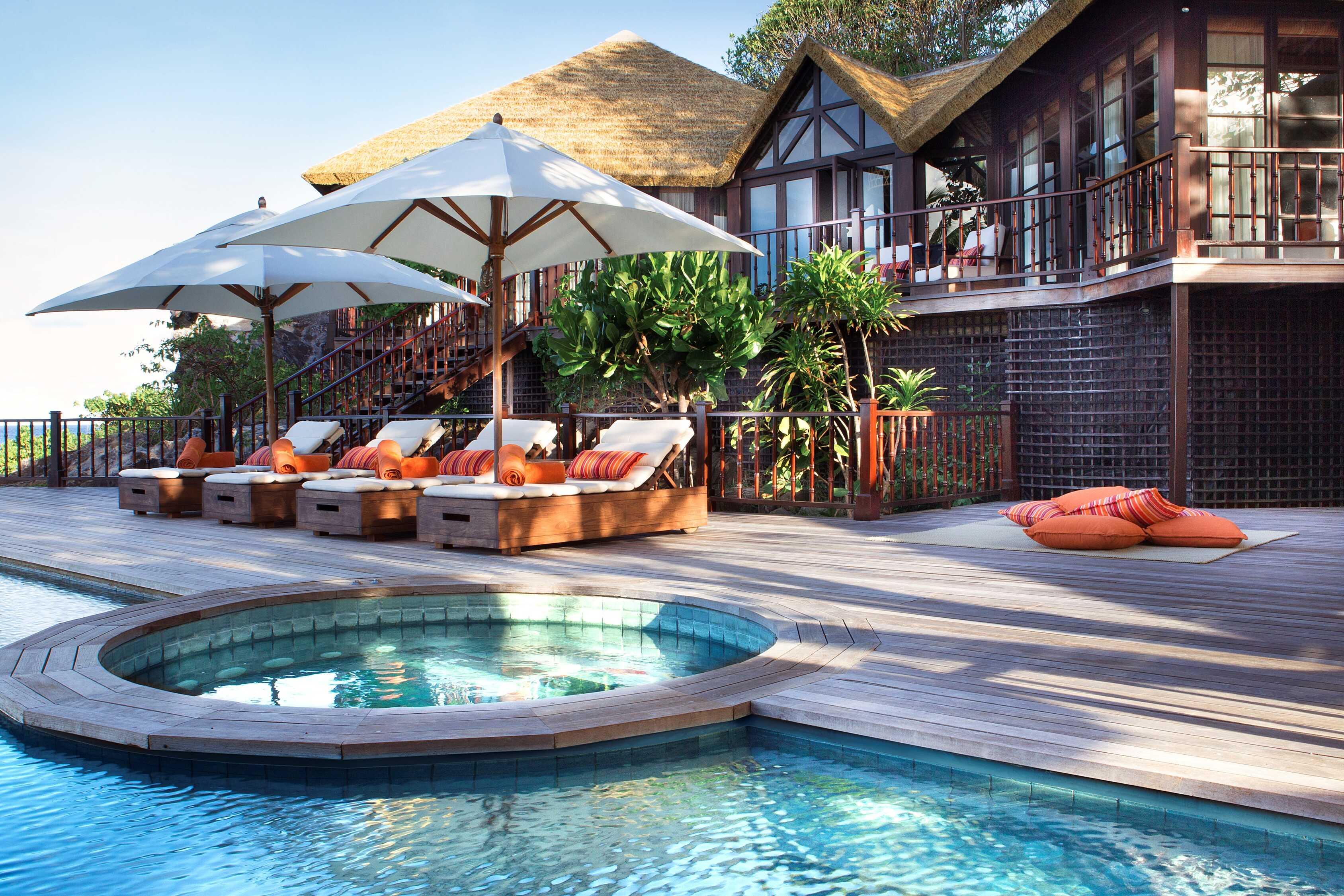 ©-fregate-island-private_private-pool-twin-villa_swimming-pool_2_optimized