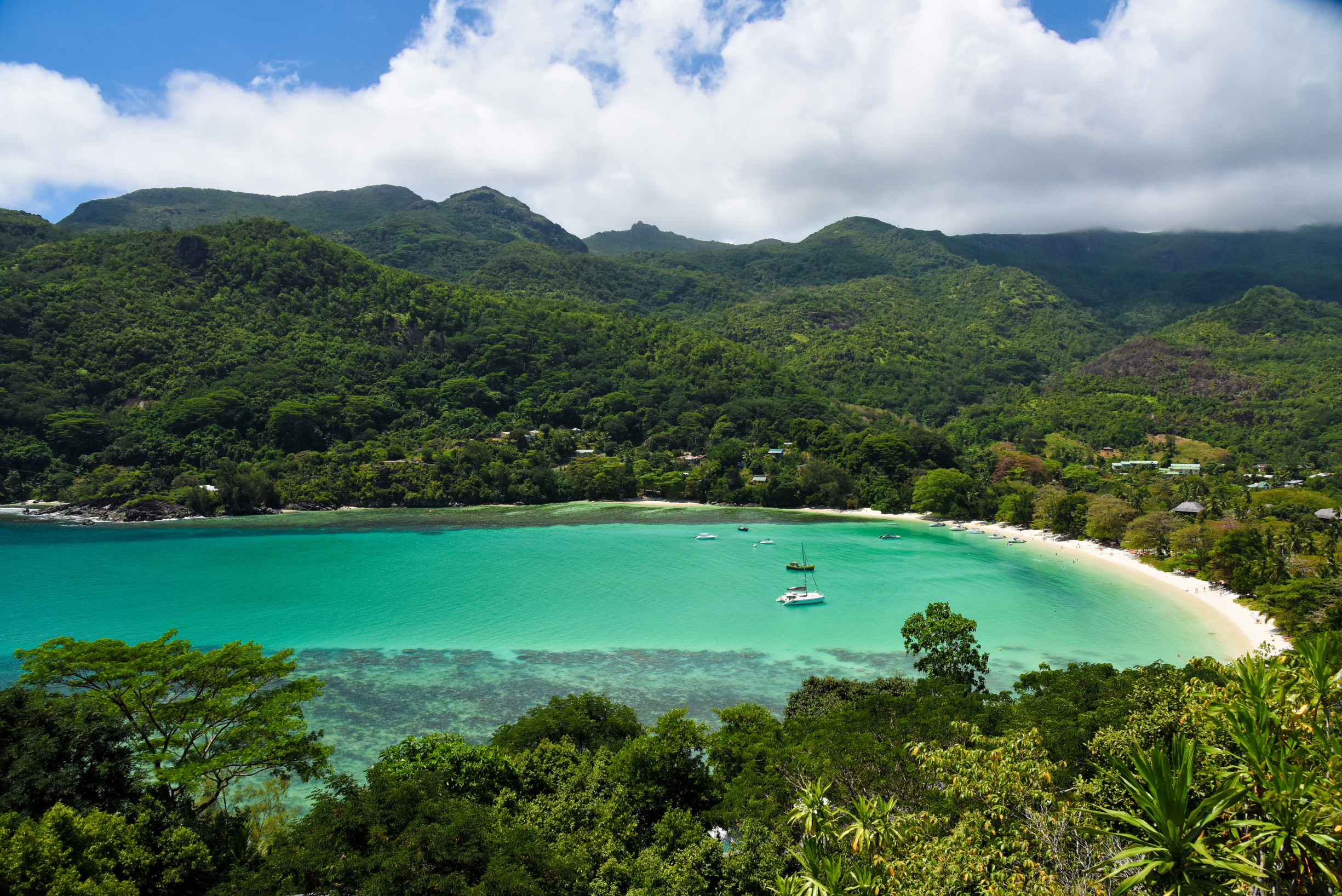 mahe-port-launay-north-beach-01