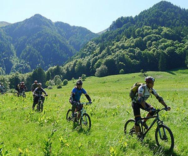 אירופה - קלאב מד טיולי אופניים באלפים
