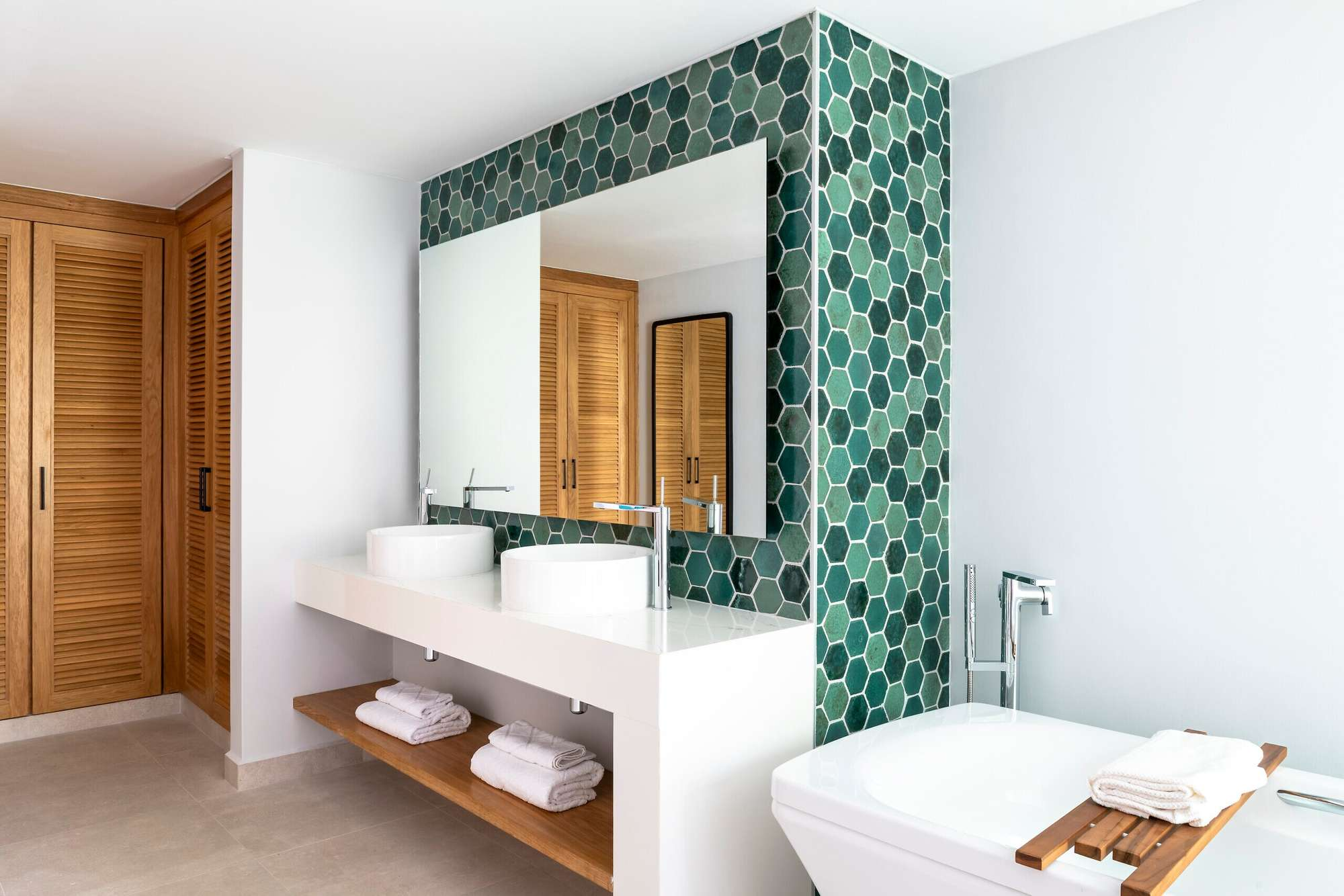 https___ns.clubmed.com_dream_EXCLUSIVE_COLLECTION_Resorts_Seychelles_249416-cqo7t8wscg-swhr (1)